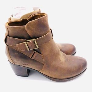 ♥️ NEW! DISTRESSED BROWN LEATHER COMFY BOOTIES